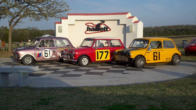Mini's at Hallet Raceway Oklahoma - Mini Mania Inc.