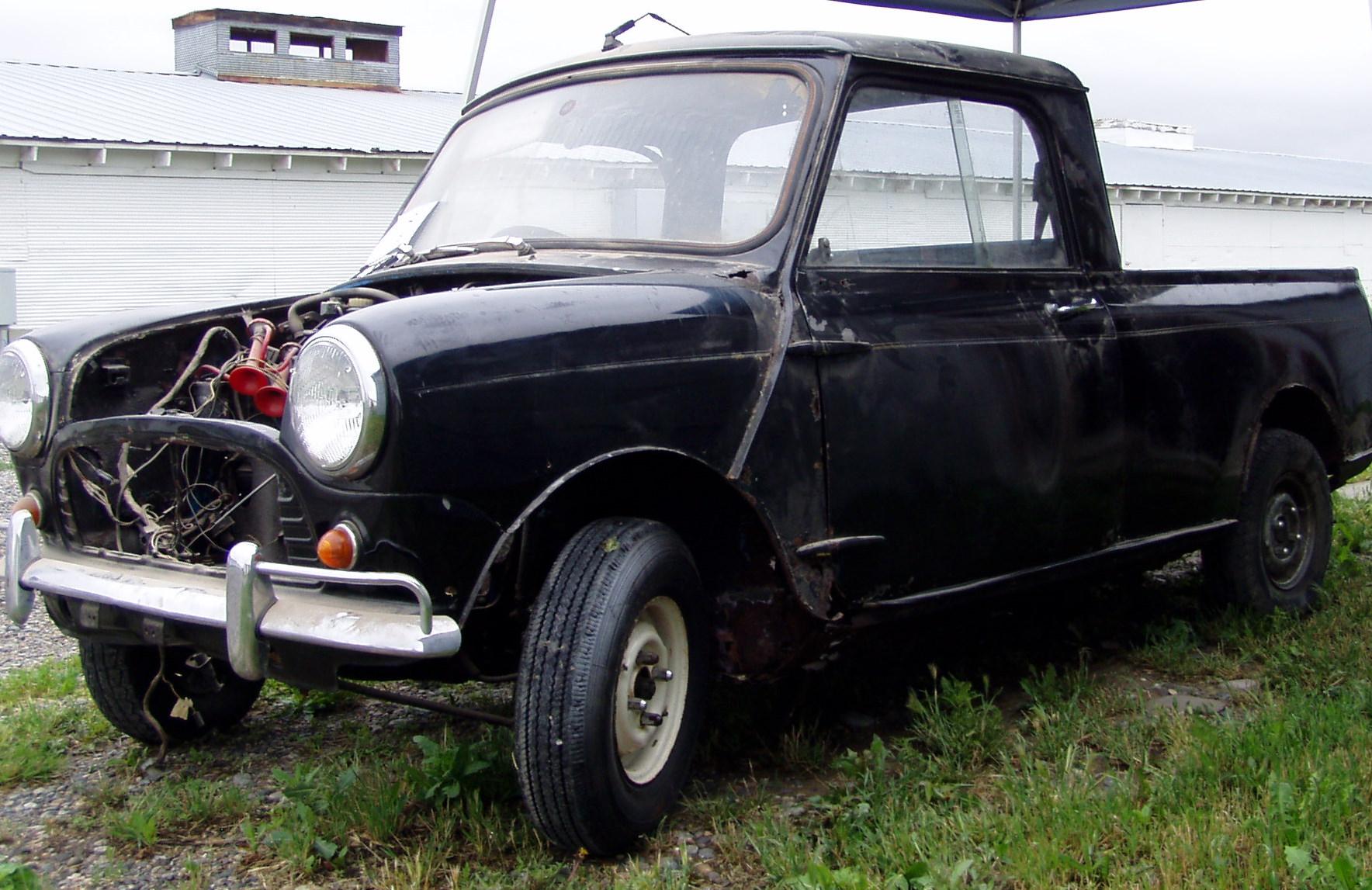 Classic Mini Cooper - Arrive