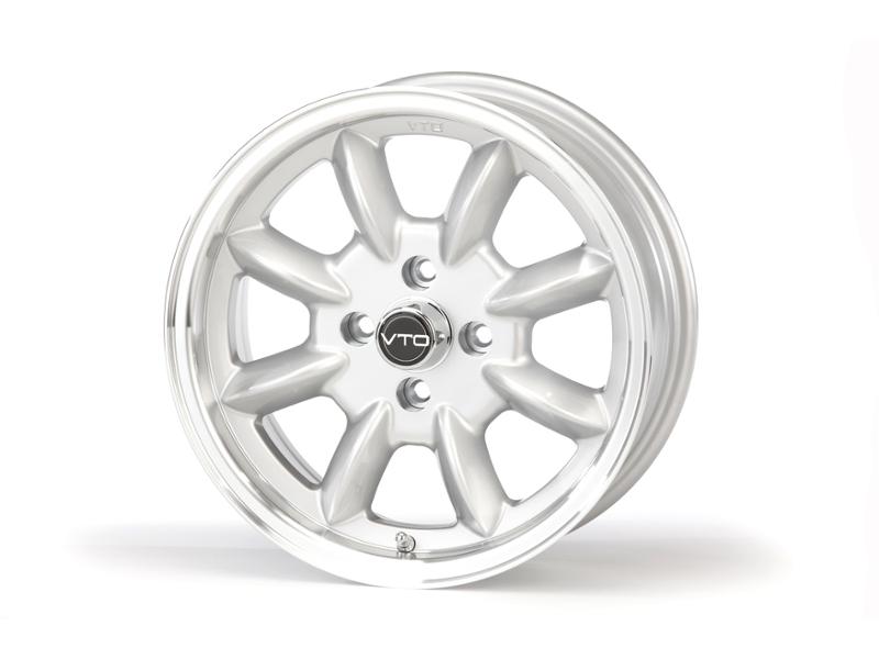 5 5 X 13 Classic 8 Wheel Silver W Lugs Cap By V